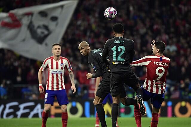 332560_Acción de juego Liverpool vs Atlético de Madrid