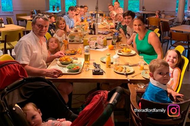 familia-de-22-hijos-radford.jpg