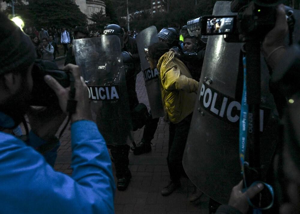 346181_Esmad // Foto: AFP