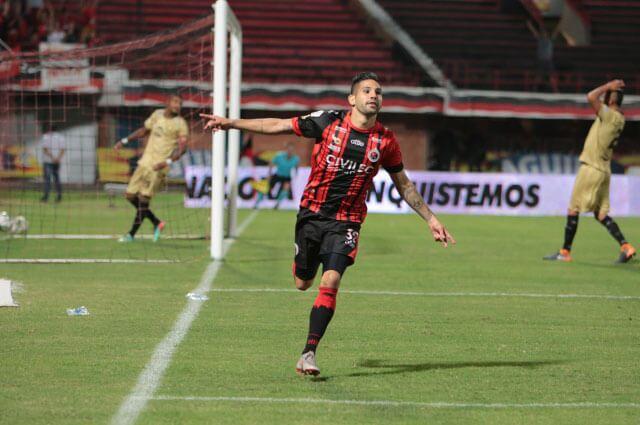 327540_Jonathan Agudelo
