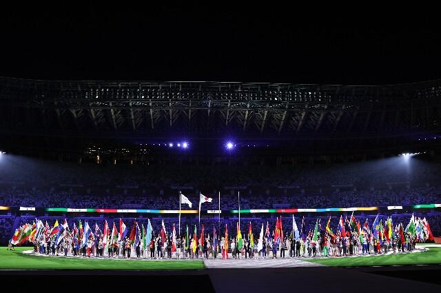 Abanderados en la clausura de los Juegos Olímpicos Tokio 2020
