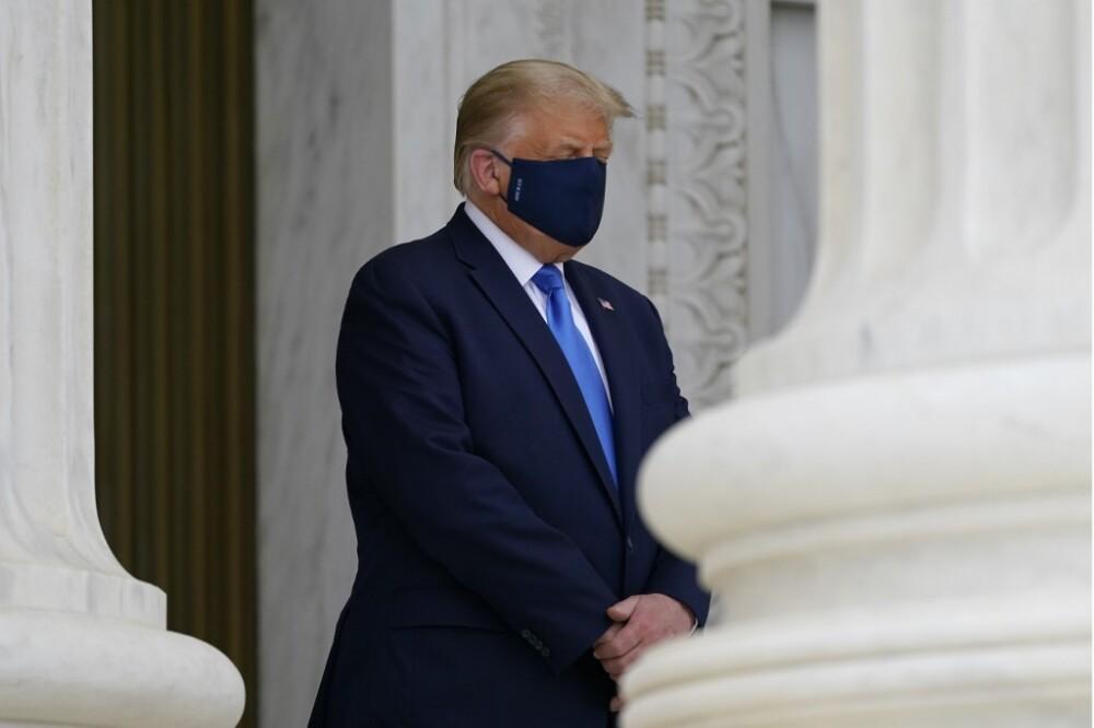 Donald Trump asiste a funeral de jueza Ginsburg