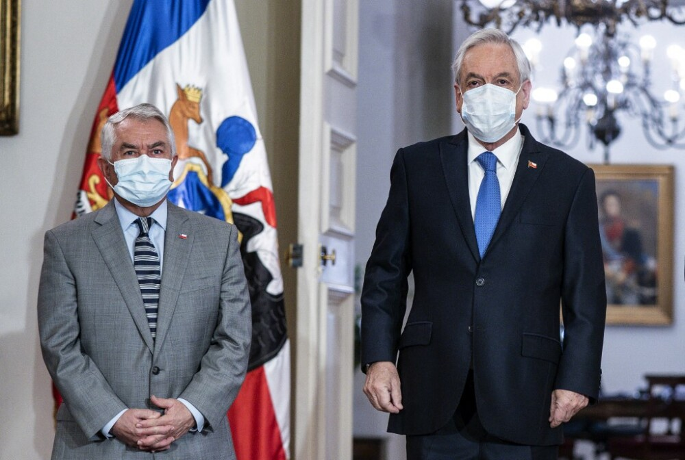 Enrique París, ministro de Salud de Chile