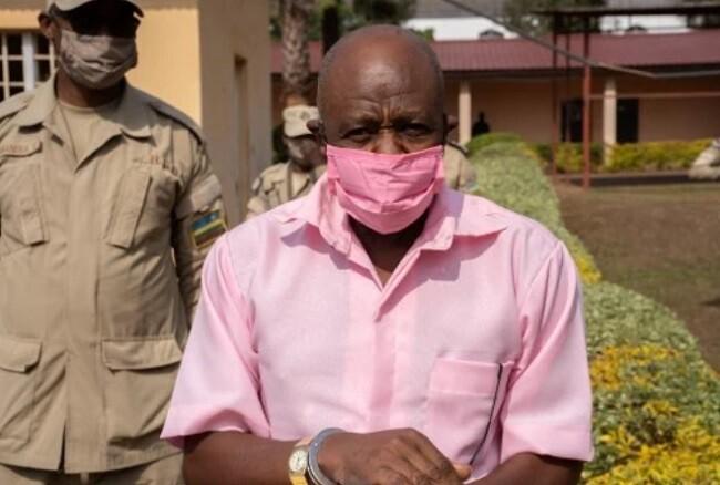 Paul Rusesabagina, que inspiró 'Hotel Ruanda', fue condenado a 25 años de cárcel por terrorismo