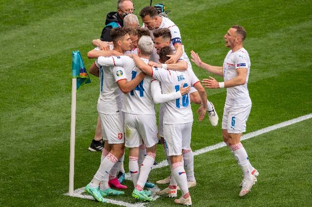 Escocia contra República Checa en la Eurocopa