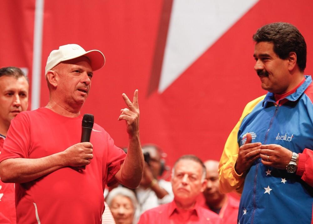 328095_BLU Radio, Hugo Carvajal con Maduro / Foto: AFP