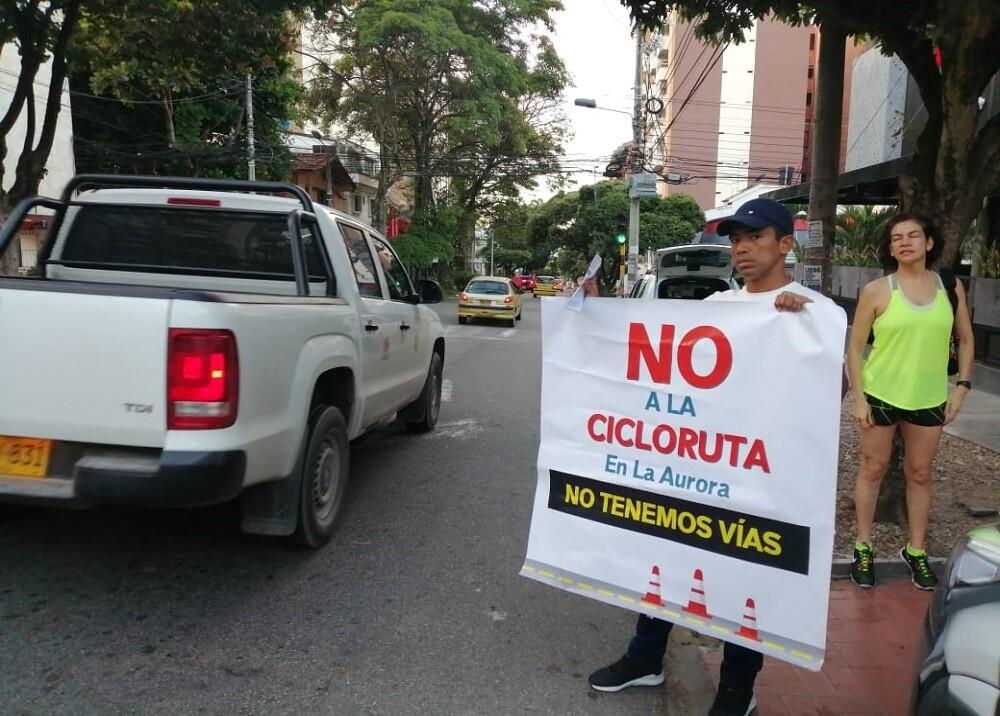 336708_BLU Radio. Protesta por ciclorruta / Foto: BLU Radio