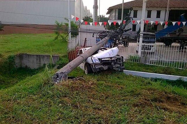 100315-accidente-cali-yumbo.jpg