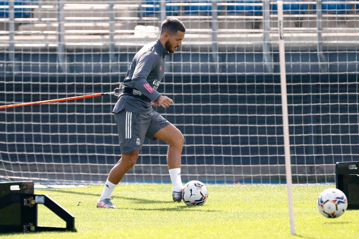 Eden Hazard continúa su recuperación: ya golpea el balón en los entrenamientos del Real Madrid