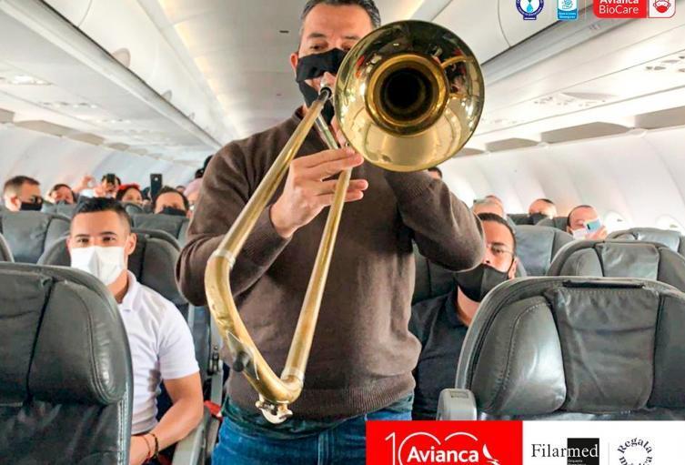 concierto en vuelo de avianca.jpg