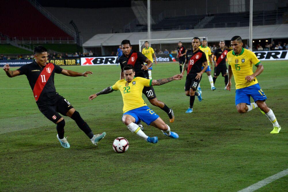 Raúl Ruidíaz, Perú vs. Brasil