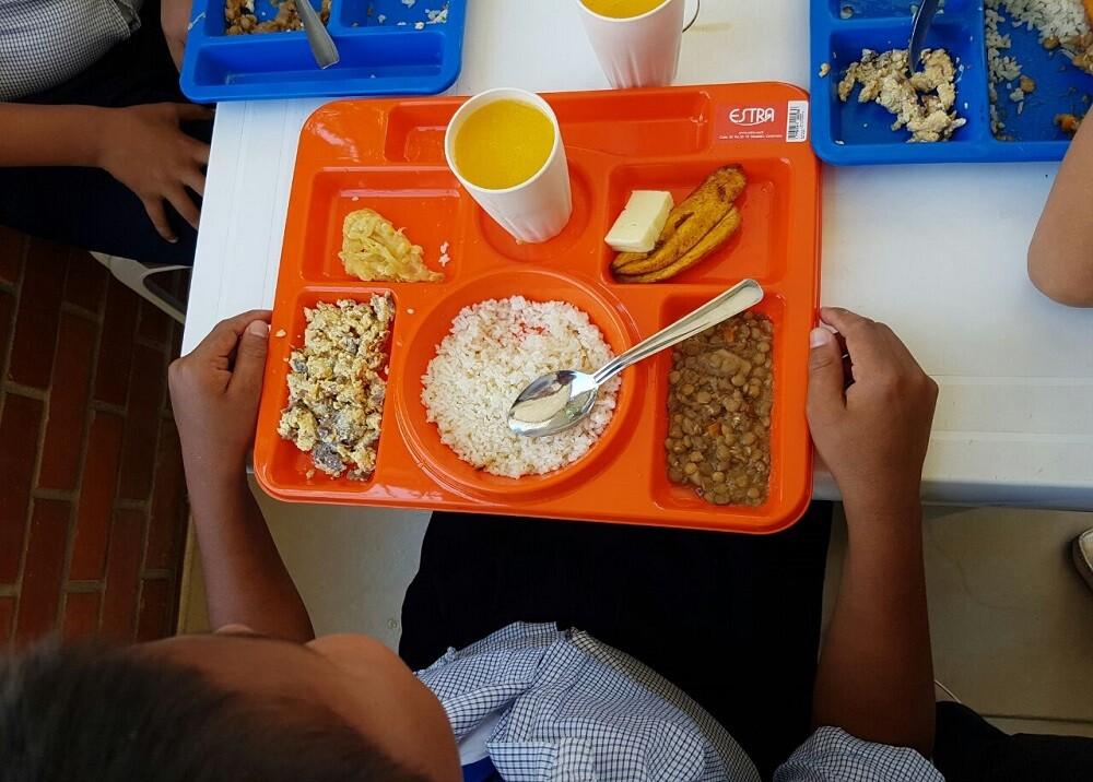 302826_BLU Radio. Programa de Alimentación Escolar / foto: Gobernación de Santander