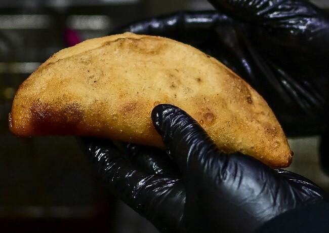 robo empanadas