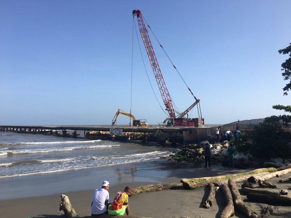 337924_Blu Radio/ Demolición del muelle de Puerto Colombia. Foto: BLU Radio