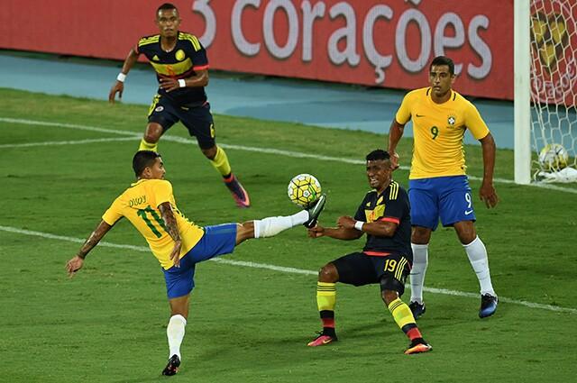 242264_brasilcolombia250117afpe.jpg