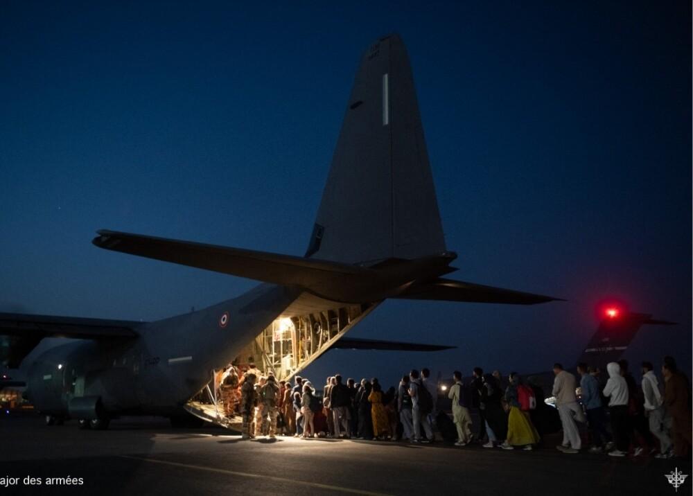 Aeropuerto Kabul Foto AFP.jpg