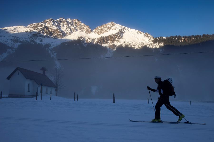 Un esquiador intentó escapar de la cuarentena y casi pierde la vida. Imagen de referencia.