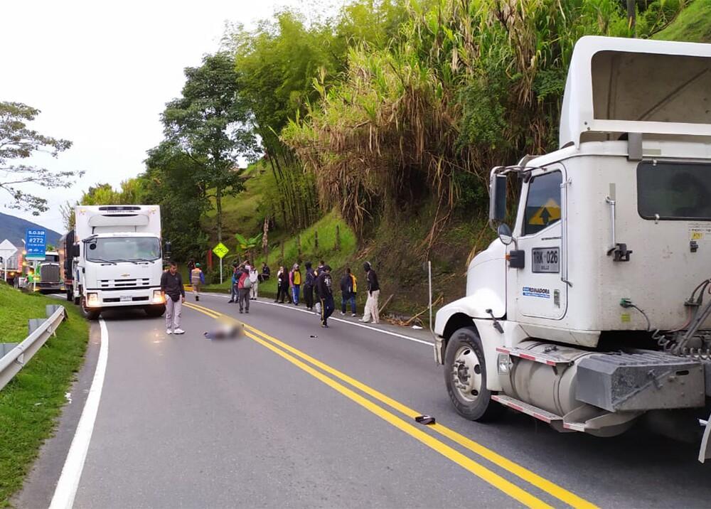 344812_BLU Radio. Cuatro heridos tras riña entre hinchas en vías de Antioquia / Foto: Cortesía