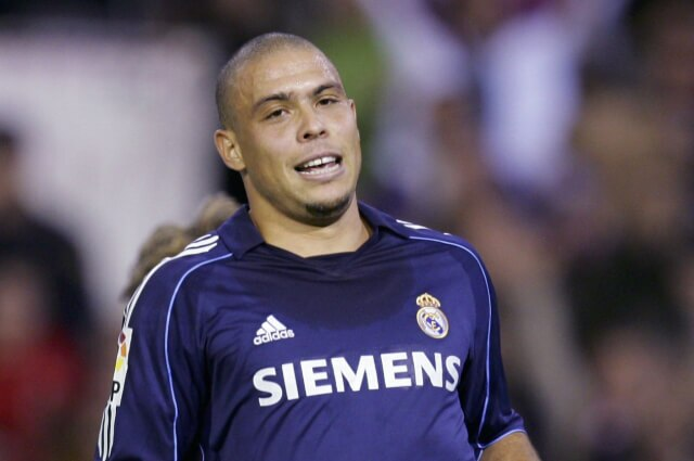 335560_Ronaldo Nazario, exfutbolista brasileño.