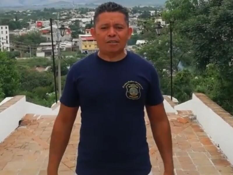 Juank multivoces, imitador de personalidades como Shakira