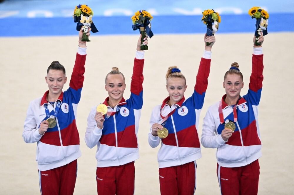 Equipo ruso de gimnasia, que ganó la medalla de oro