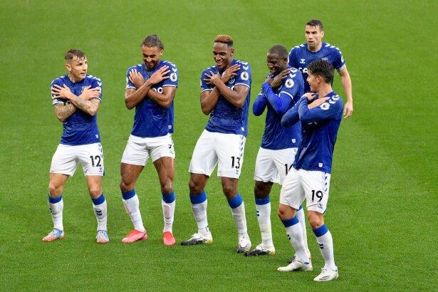Everton celebrando : Foto Twitter @Everton.jpeg