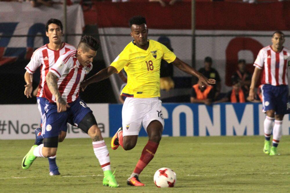 Paraguay v Ecuador - FIFA 2018 World Cup Qualifiers
