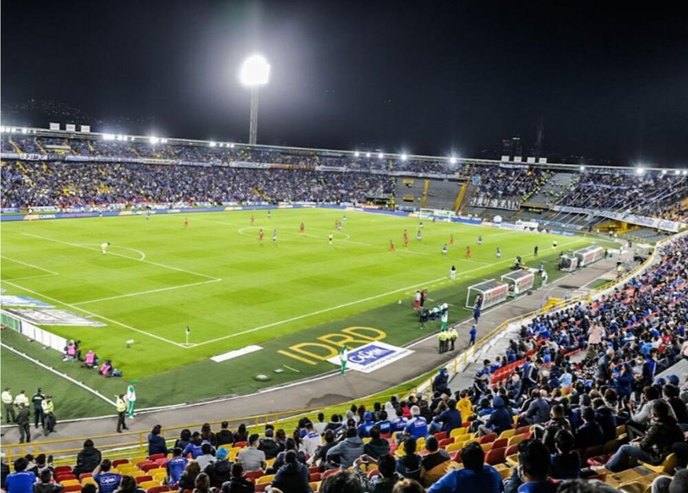 Estadio El Campín Foto Twitter LuisErnestoGL.jpg