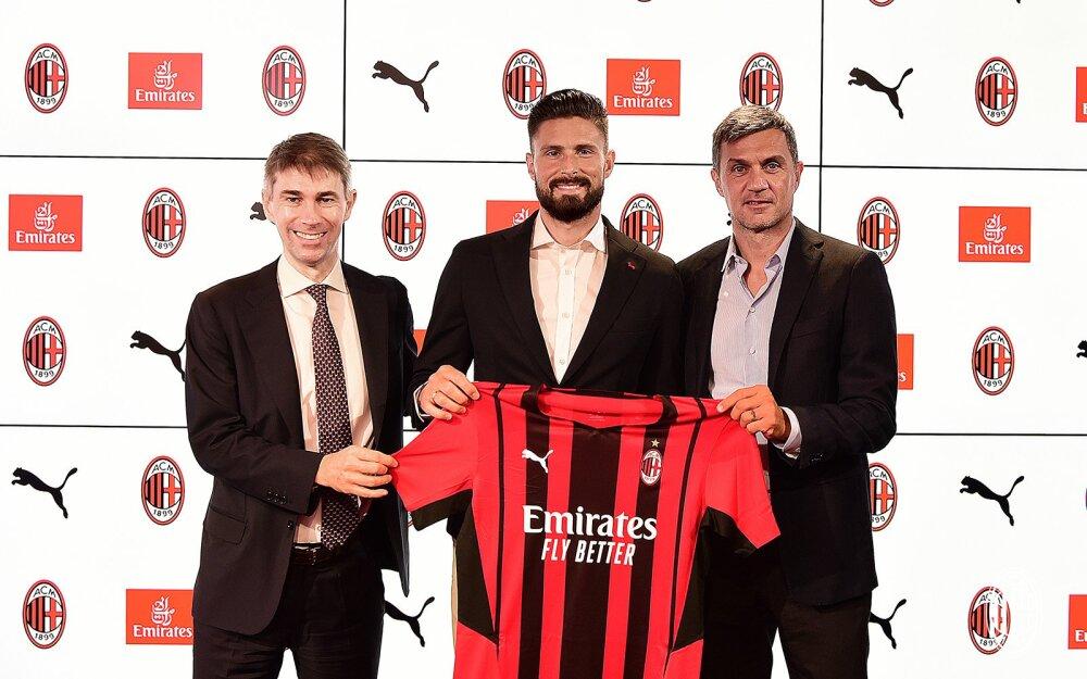 Olvier Giroud, nuevo jugador del Milan. @acmilan.jpg