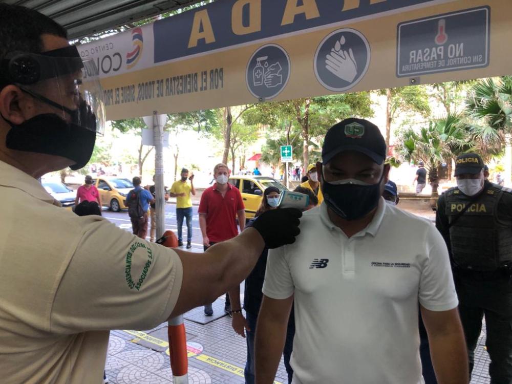 371054_BLU Radio // Comerciantes alista protocolos de bioseguridad // Foto: Alcaldía de Barranquilla
