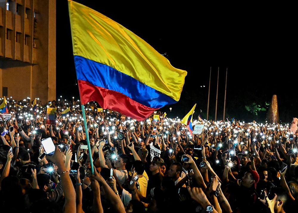 349155_BLU Radio. Protestas en Colombia // Foto: AFP