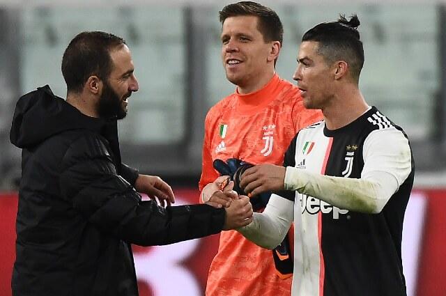 334376_Gonzalo Higuaín y Cristiano Ronaldo