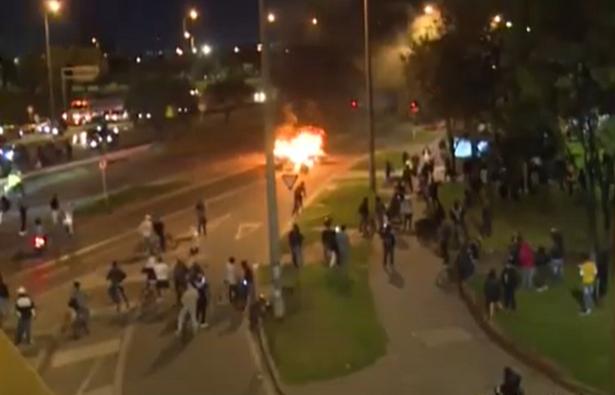 Nueve muertos en noche de protestas en Bogotá y Soacha