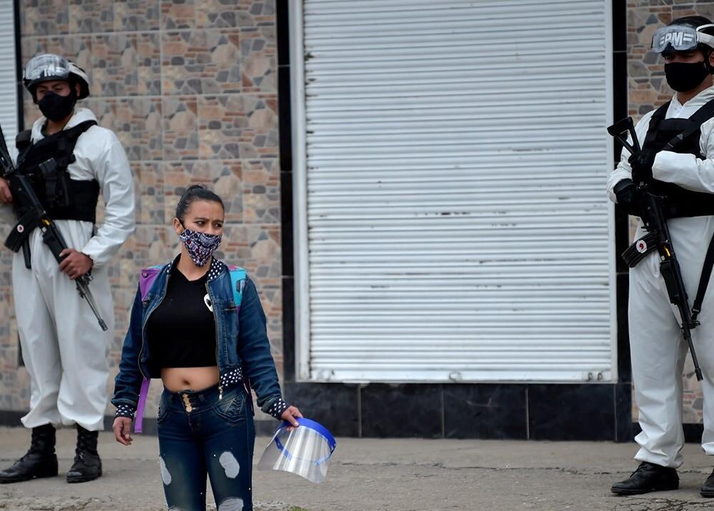 371709_Pandemia en Bogotá // Foto: AFP