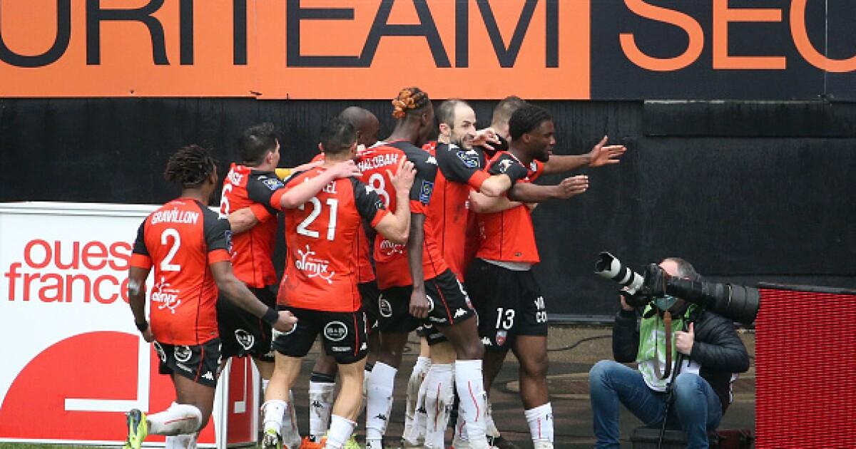 El PSG no siempre gana en el fútbol francés: Lorient, penúltimo de la tabla, remontó y le ganó 3-2