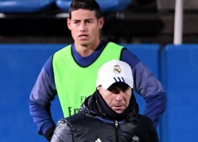 370756_Zidane y James / AFP