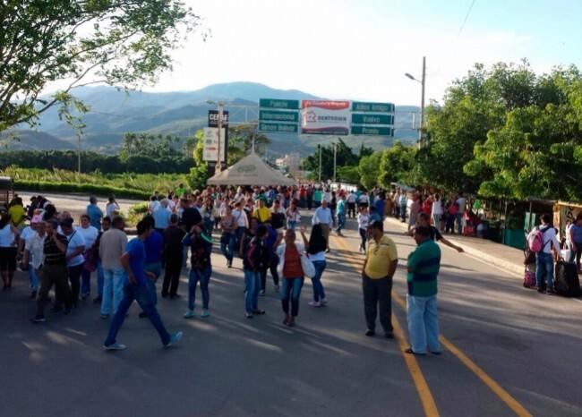 236662_BLU Radio. Foto: Frontera Venezuela / BLU Radio