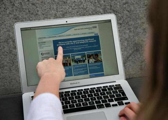 285950_BLU Radio. Computador y emprendimiento / Foto referencia: AFP
