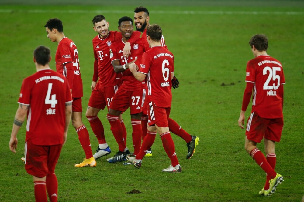 Bayern de Múnich golea 4-0 al colista Schalke