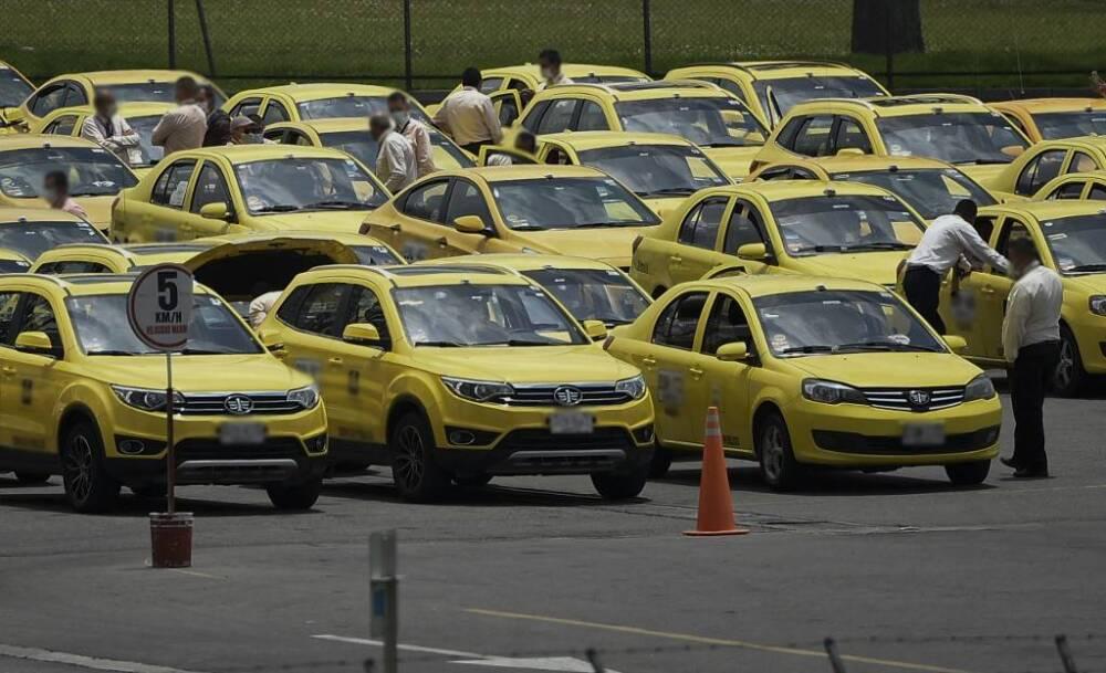 Taxistas en Bogotá.jpeg