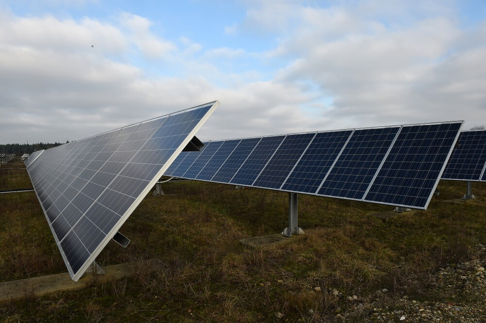 304606_BLU Radio. Panel solar. / Foto: AFP