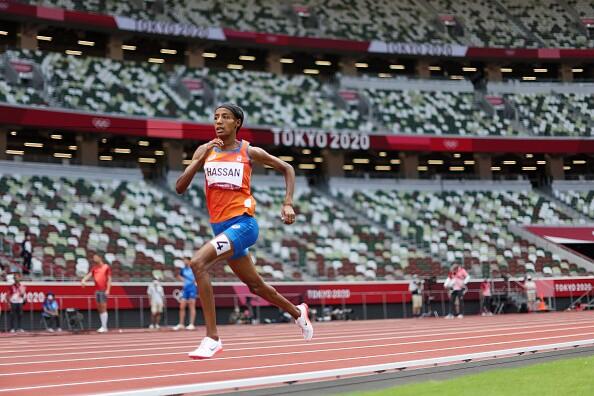 Sifan Hassan tuvo una remontada histórica en los Juegos Olímpicos Tokio 2020.