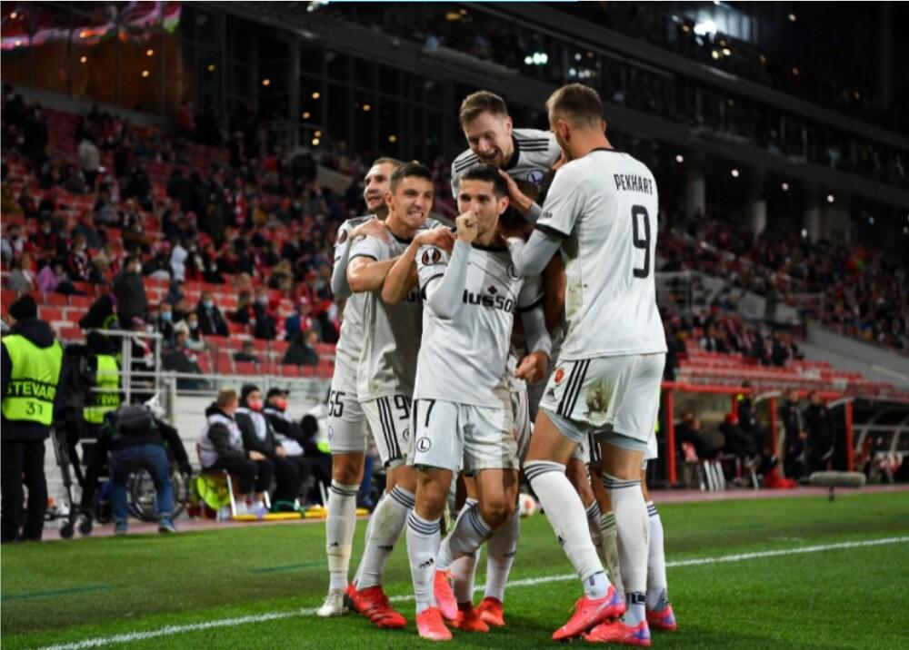 Legia_Foto_Twitter  UEFA Europa League.jpg
