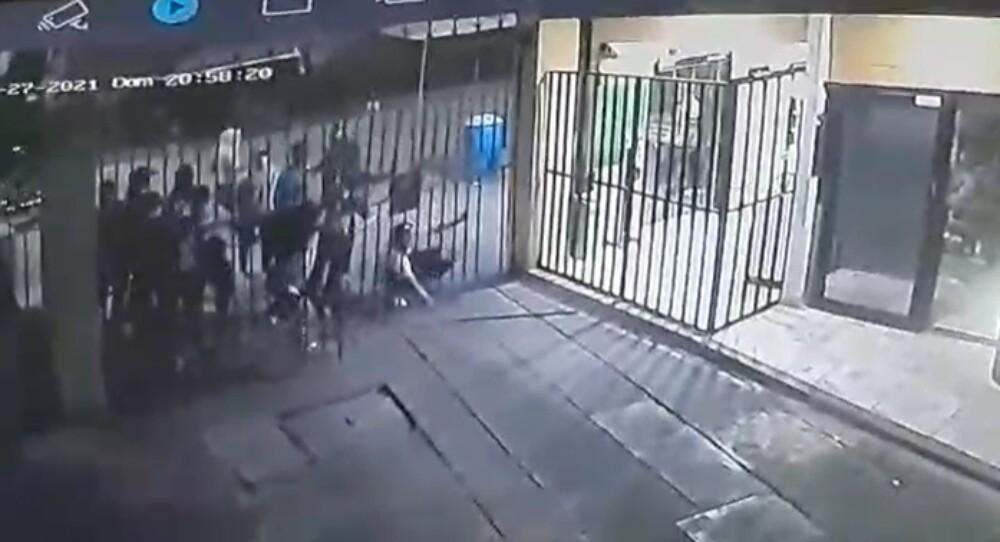 Vándalos se metieron a conjunto en Cali y robaron a guardas