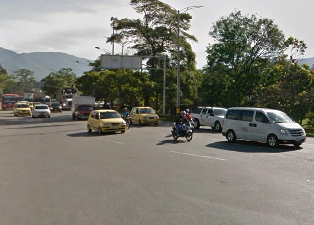 299854_Blu Radio. Autopista Norte en Medellín / Foto: Google Maps