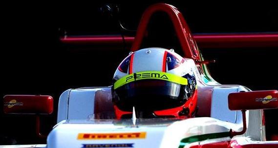 Sebastián Montoya es tercero de la Fórmula 4.