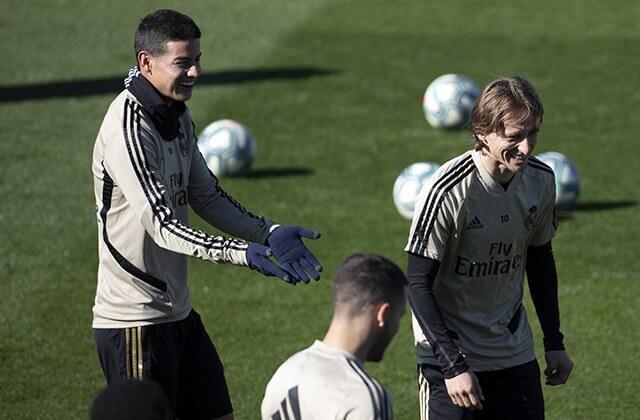 335083_Entrenamiento del Real Madrid
