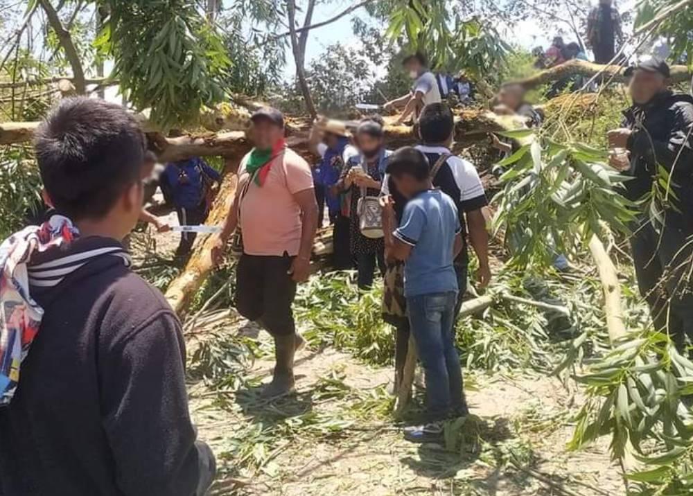 Reacción de indígenas tras ataque armado a caravana.jpeg