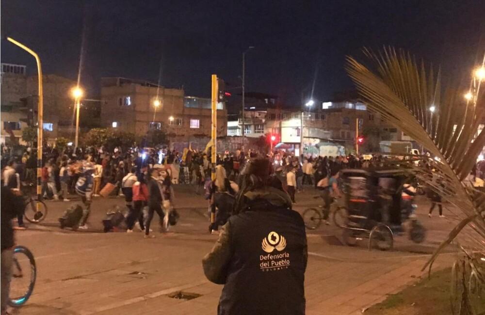 Protestas en inmediaciones del Portal Américas en Bogotá