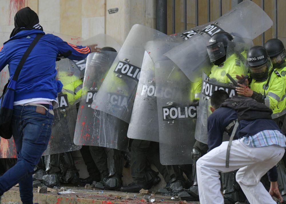 345608_Blu Radio. Marchas estudiantiles // Foto: AFP